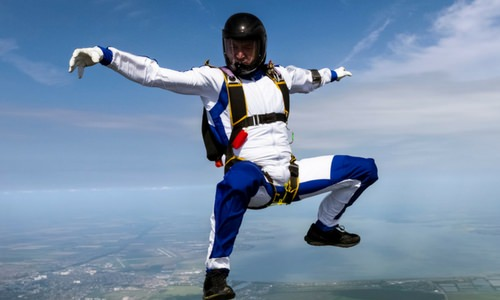 Why Do Skydivers Wear Jumpsuits?