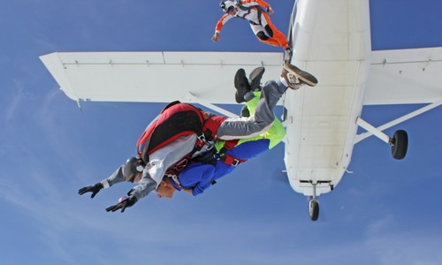 Can I do Backflips & Spins on a Tandem Skydiving Exit?